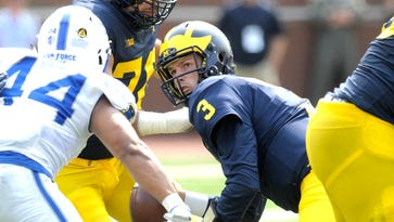 Wojo: For Michigan to be dominant, offense has to catch up