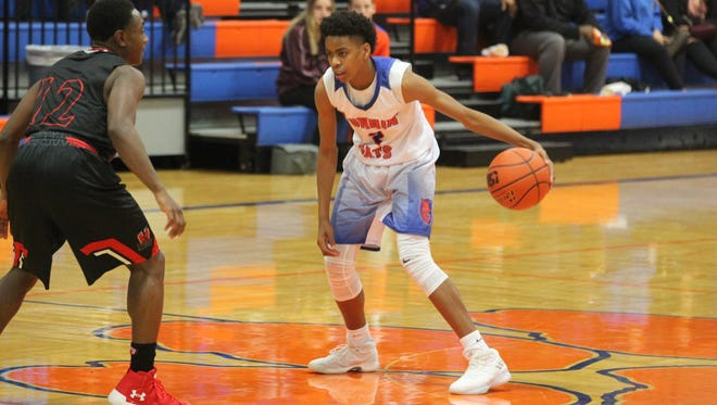 Central High School's Deveraux Minix (2) had a team-high 15 points against Killeen Harker Heights at Babe Didrikson Gym on Tuesday, Jan. 2, 2018. Harker Heights prevailed 77-74 in overtime.