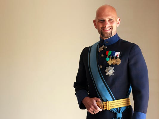 His Royal Highness the Grand Duke of Westarctica, Travis McHenry