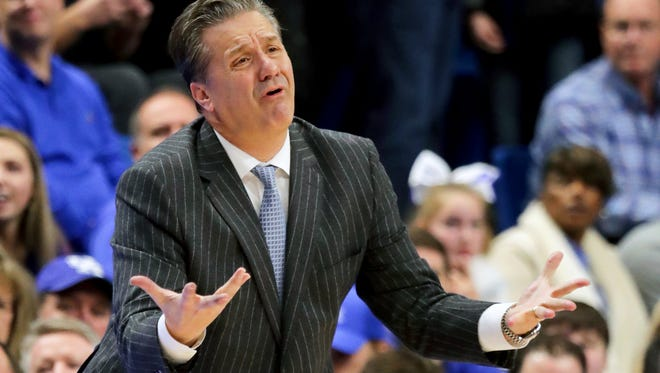 Kentucky's John Calipari is not pleased with a call from an official.