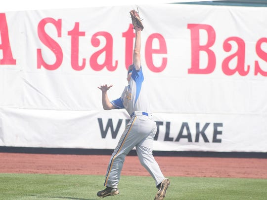 Moeller left fielder Zack Shannon makes a running catch