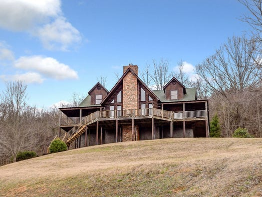 Nolensville Log Home For Sale For 750k