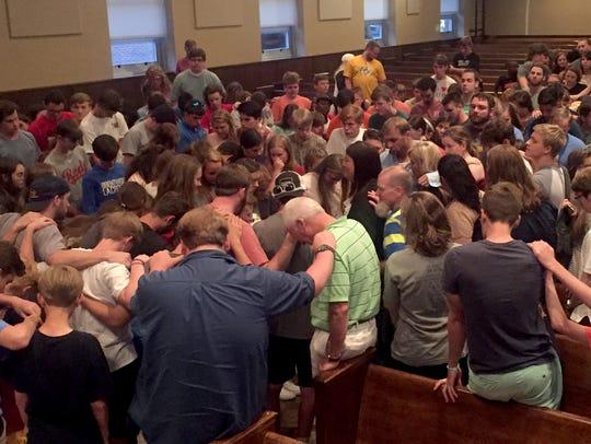 Student participants of Nashville Workcamp, a community