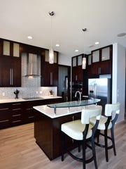 4441 Soundside Drive, the gourmet kitchen with bar