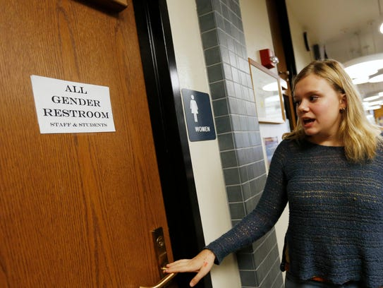 Student Wants Gender Neutral Bathrooms At All Des Moines Public High Schools