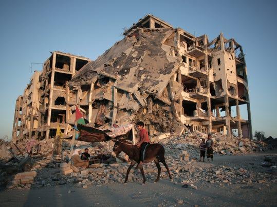 Mideast Israel Palest_Bang.jpg