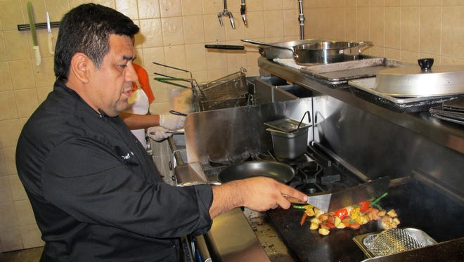 Chef Hector Hidalgo is back in the kitchen at Naples Coastal Kitchen, a new restaurant in North Naples.