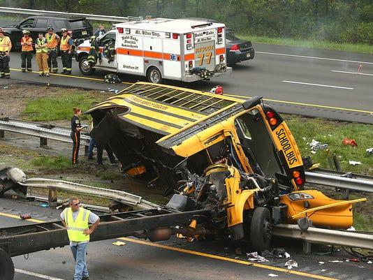 nj-bus-crash-052318