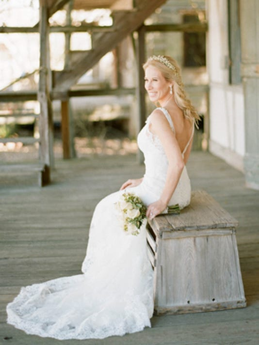 Weddings: Heidi Fisher & Derek Pelloquin