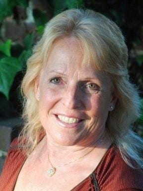 Ellen Hopkins, a New York Times bestselling author, will sign books and meet with fans in Las Cruces.