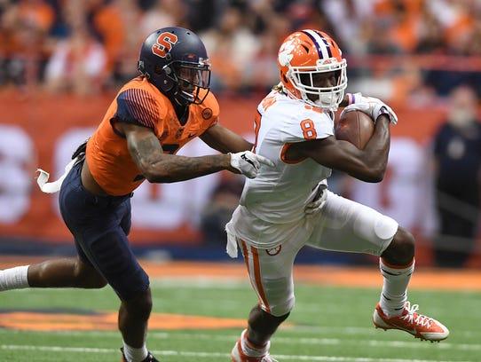 Clemson wide receiver Deon Cain (8) makes a reception