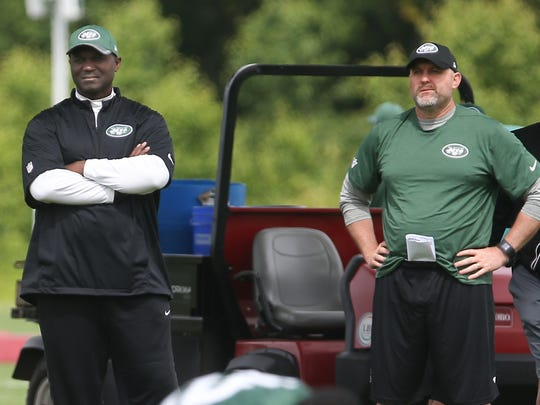 Jets head coach Todd Bowles (left) and offensive coordinator