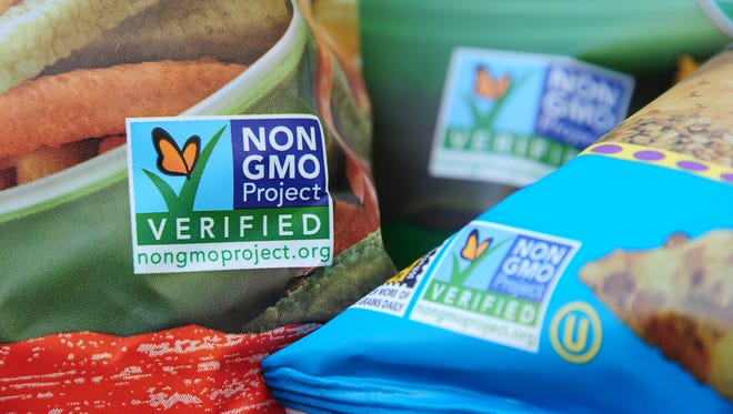 Senate lawmakers claim they are making progress on how to label food containing genetically modified ingredients. Congress has only six working days scheduled before July 1 when the Vermont law, which will require foods containing genetically modified products to be labeled.
