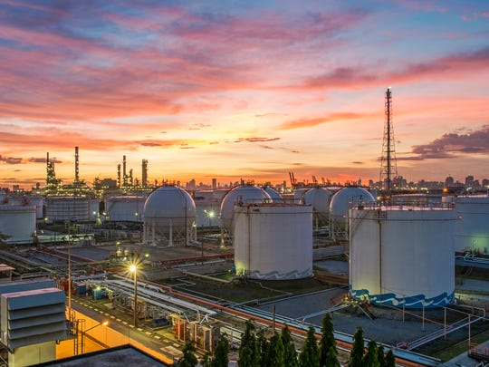 America accounted for 20.5% of the world's oil and related liquidconsumption last year.