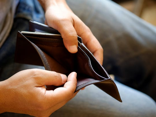 Don't have any savings? Make these 4 money moves immediately