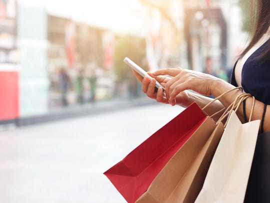Do you overspend at the holidays? Your smartphone may be to blame