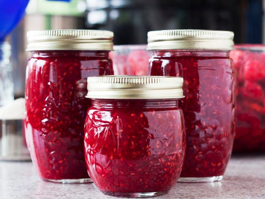 Unlike jelly, which only uses fruit juice, jam is made from fruit and fruit pulp