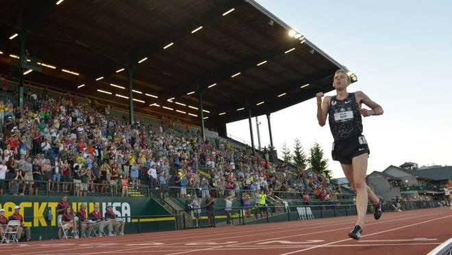 Galen Rupp races in the 10,000 at the U.S. Championships at  Hayward Field on June 25, 2015.