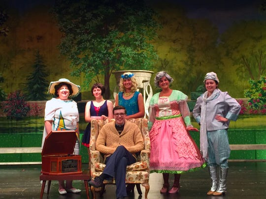 Members of The Drowsy Chaperone cast.