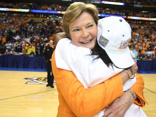 Pat Summitt, 64, legendary Lady Vols coach