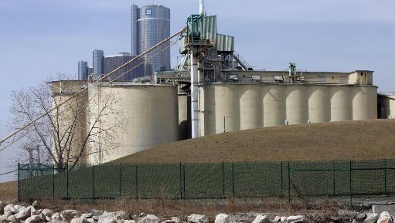 Cement City Michigan Cement Plant : Michigan approves burning plastics at cement plant