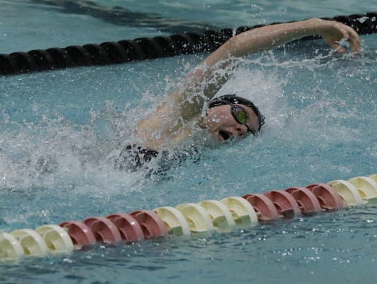 636460265825983887-WIAA-Swimming-and-Diving-Championship-Girls-Division-1-111117-JS-3471B.jpg