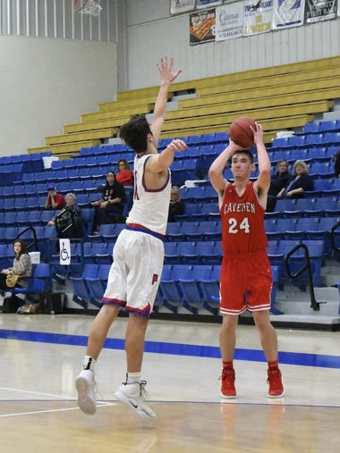 An image from the Cave City-Paragould senior boys game