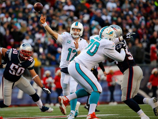 NFL: Miami Dolphins at New England Patriots