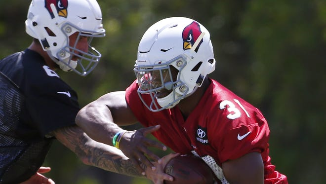 David Johnson is not happy about his contract with the Cardinals.