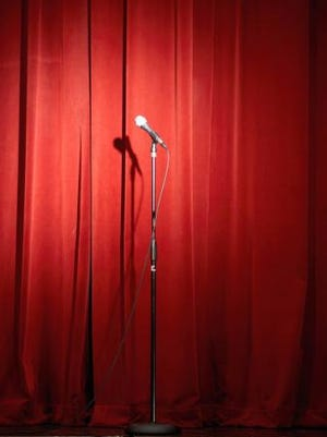 Philadelphia Improv Theater will host two free comedy shows on Sunday, Jan. 3.