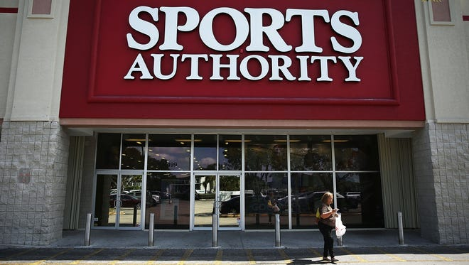 It was reported that after announcing it filed for Chapter 11 protection two months ago, the company has decided to sell its remaining assets and close its 463 stores.