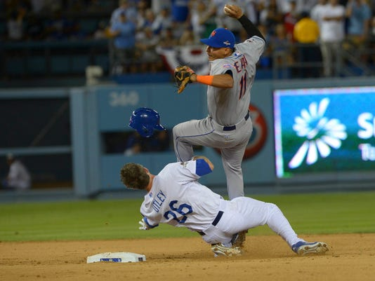 MLB: NLDS-New York Mets at Los Angeles Dodgers