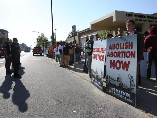 636302749053420300-AbortionProtest-Sam.jpg