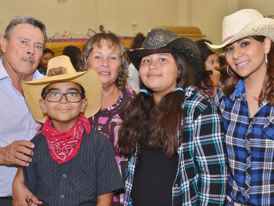 La Escuela Primaria Heritage de Glendale celebraron