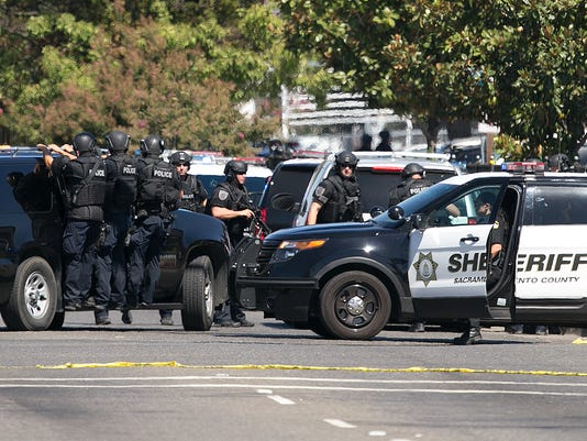 AP POLICE OFFICERS SHOT A USA CA
