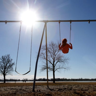 People enjoy record-setting February weather in Waterford,