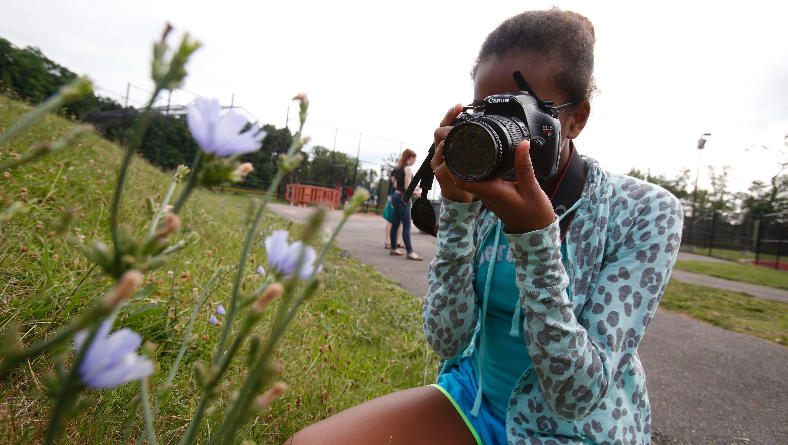 Cameras, robots engage kids at Ossining schools camp