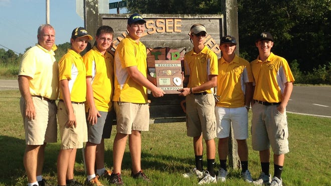The Scotts Hill boys shot a 338 to advance to the Class A-AA state tournament.