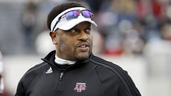 Texas A&M coach Kevin Sumlin will look to go 3-0 against