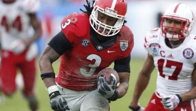JACKSONVILLE, FL - JANUARY 1: Todd Gurley #3 of the