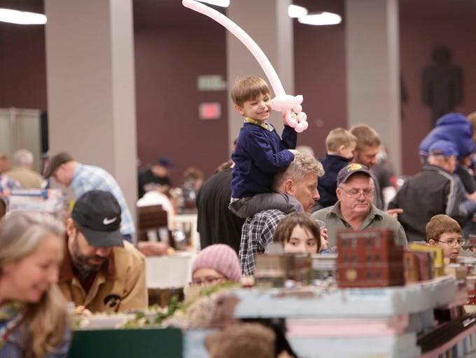 The Ozark Model Railroad Association held their spring