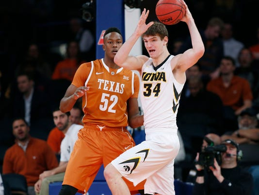 Myles Turner, Adam Woodbury