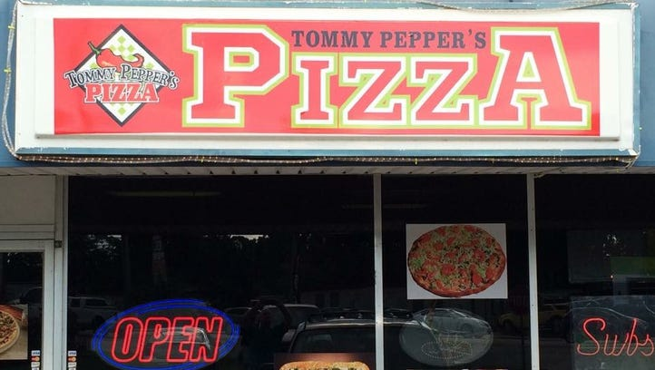 Off the Eaten Path: Tommy Pepper's Pizza, North Fort Myers