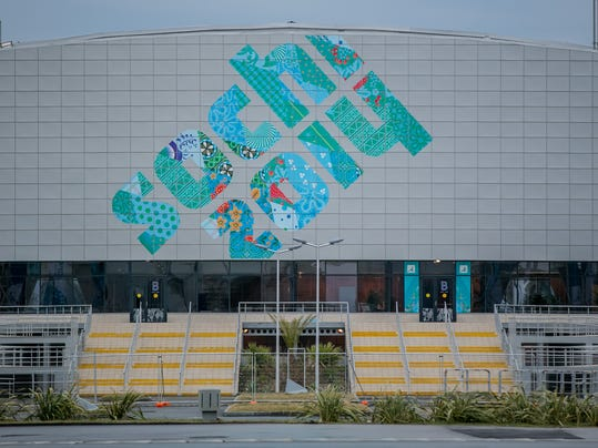 2014-01-22-ice-cube curling center sochi