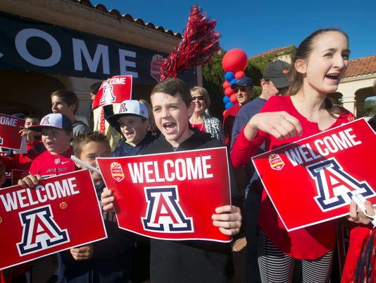 UA arrives Fiesta Bowl