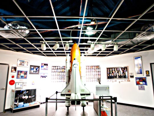 CHALLENGER SPACE CENTER OF ARIZONA: Experience the