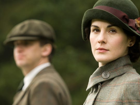 """AP Photo/PBS Dan Stevens as Matthew Crawley and Michelle Dockery as Lady Mary in a scene from the second season of the PBS series ?Downton Abbey.? In this image released by PBS, Dan Stevens as Matthew Crawley, left, and Michelle Dockery as Lady Mary are shown in a scene from the second season on """"Downton Abbey."""" (AP Photo/PBS, Carnival Film & Television Limited 2011 for MASTERPIECE)"""