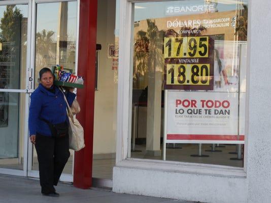 635890975488711704-PESOXch.BANK.paridad-dolar-banco.JPG