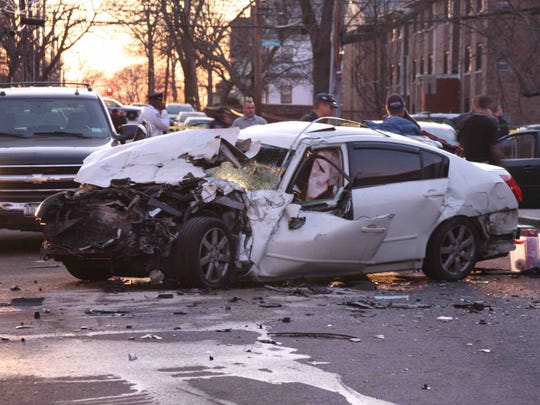 Mount Vernon: Yonkers teen arrested in NYPD police chase, crash