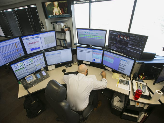 Chris Ondo, real-time trader, manages the gas desk